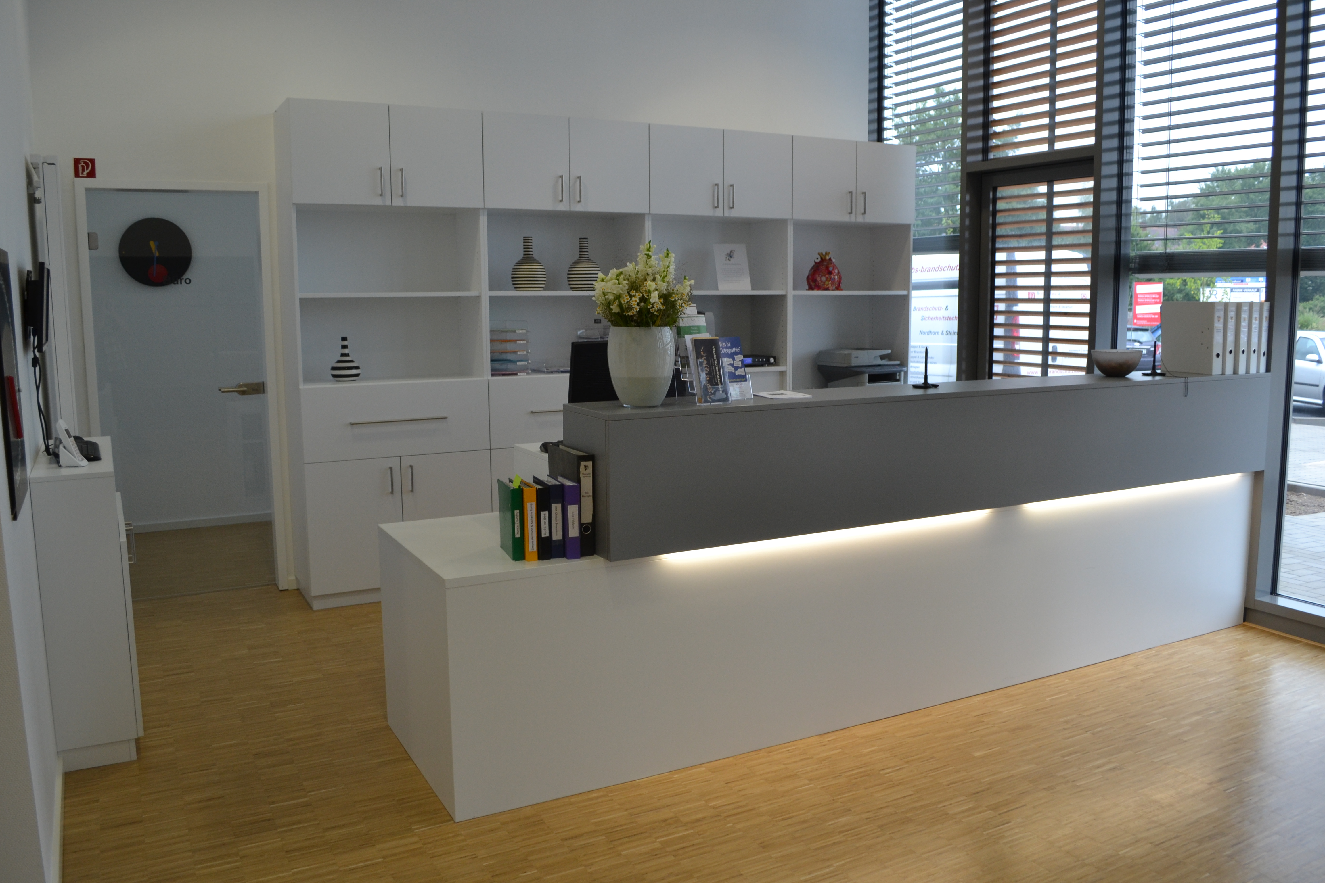 Empfangstresen Rehazentrum Hermann in Nordhorn1