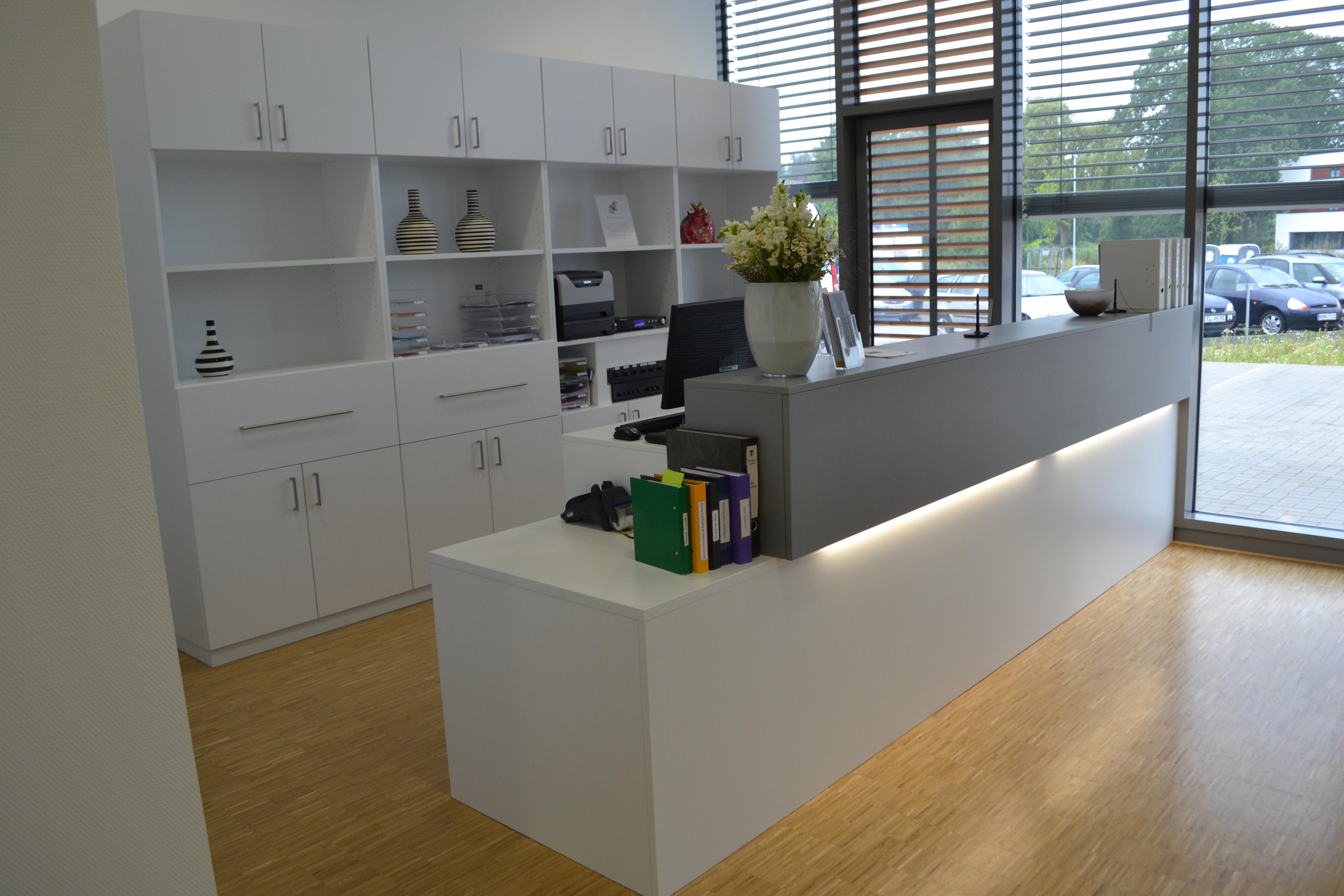 Empfangstresen Rehazentrum Hermann in Nordhorn2