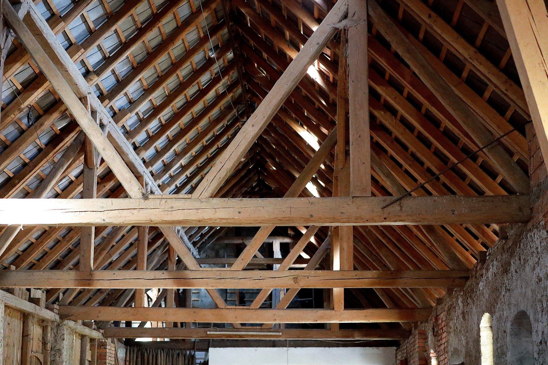 Dacharbeiten Holzdach Altbaumodernisierung